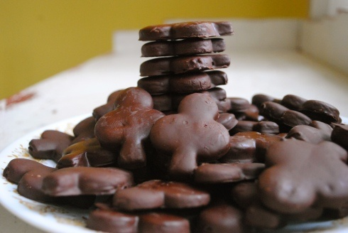 All-natural homemade thin mints-- shamrock-shaped! Made with whole wheat pastry flour.