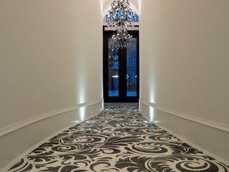 Artemisia - hallway