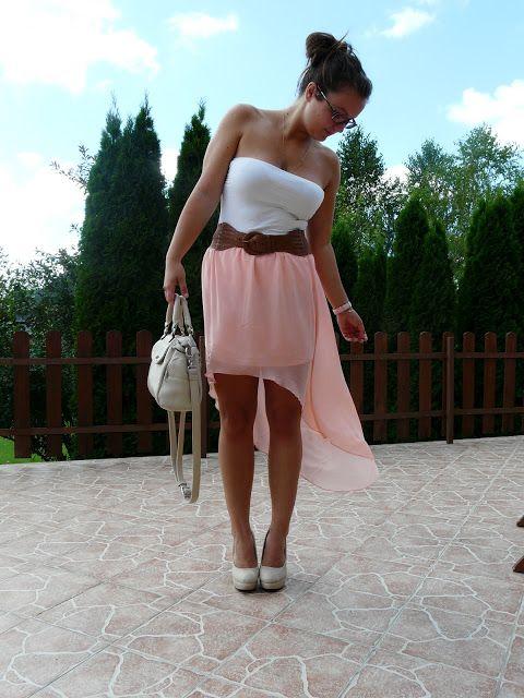 Assymetric skirt