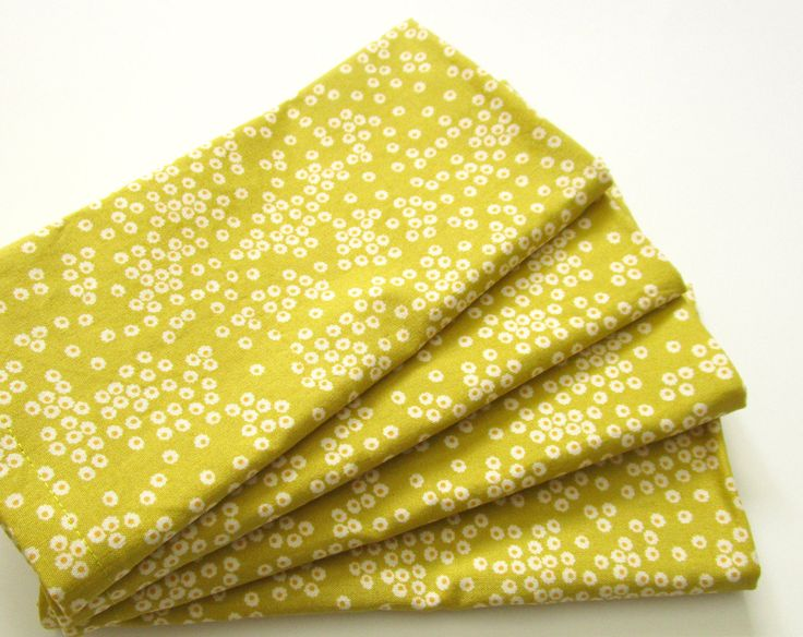 Cloth Napkins - Set of 4 - Organic - Chartreuse, Spring Green, White, Yellow Floral, Flowers - Dinner, Table, Everyday, Wedding by ClearSkyHome on Etsy