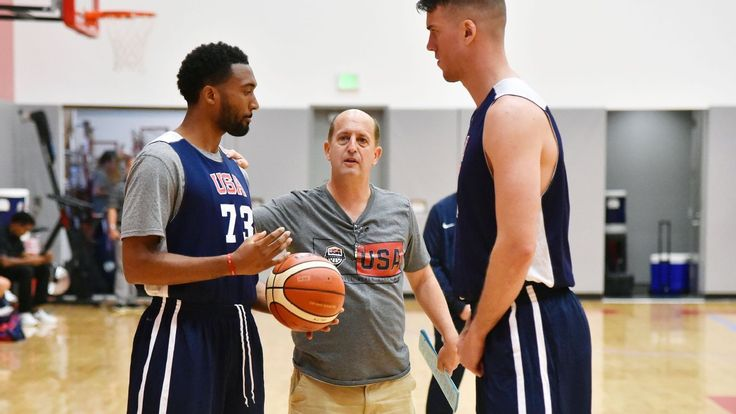Jeff Van Gundy is immersing himself in the job of coaching Team USA for thé FIBA AmeriCup.