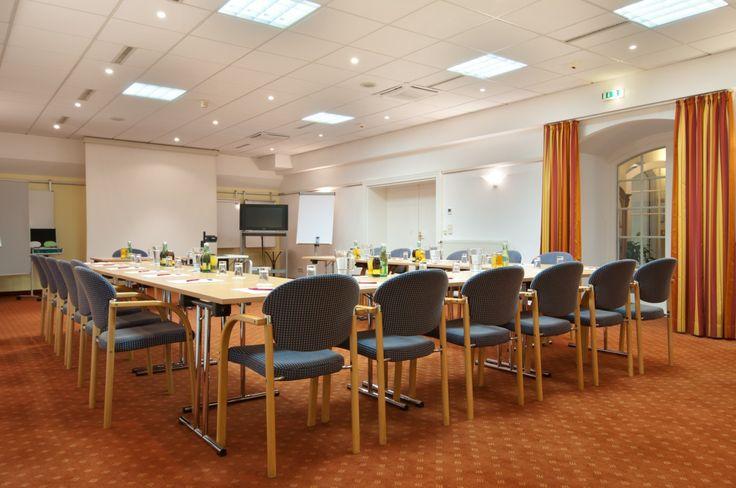 Drei Seminar- und Veranstaltungsräume stehen Ihnen in Wien in unseren Hotels IMLAUER & Nestroy für Ihre Veranstaltung zur Verfügung.