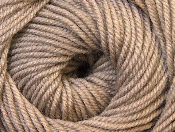 Knit Yarn Wool DeLuxe Beige  100 wool knit yarn by specialyarnshop, $8.90