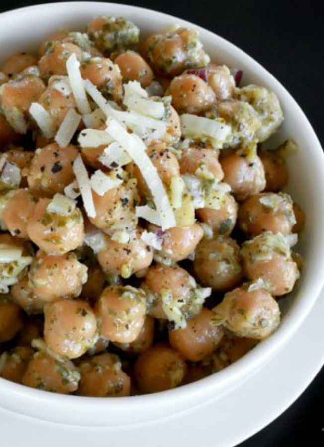 how to make pesto salad