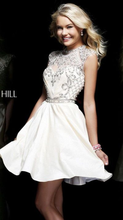 Beautiful dress.  Sherri Hill A line Dress