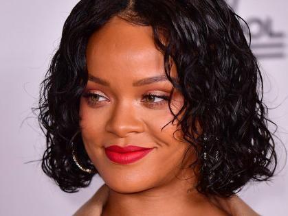 Noticias de Hoy: Rihanna y su batalla por la educación