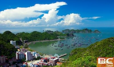 Cat Ba Island Cat Ba is the largest of the 366 islands spanning 260km2 that comprise the Cat Ba Archipelago, which makes up the southeastern edge of Ha Long Bay in Northern Vietnam. Cat Ba island has a surface area of 285 km2 and maintains the dramatic and rugged features of Ha Long Bay. It is commonly used as an overnight hotel stop on tours to Ha Long Bay run by travel agents from Hanoi