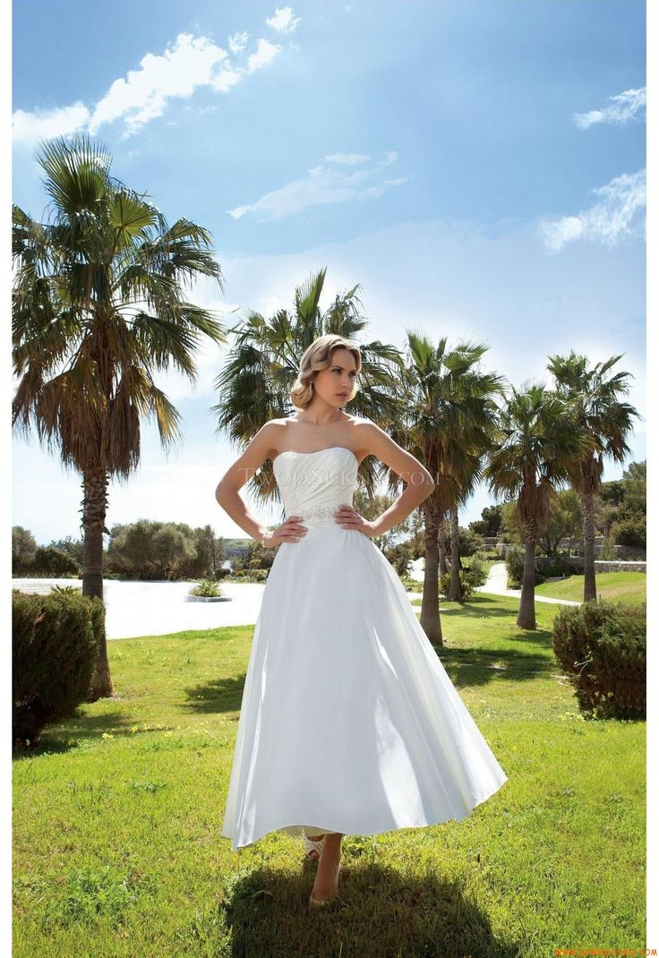 Robe de mariée Demetrios DR198 Romance