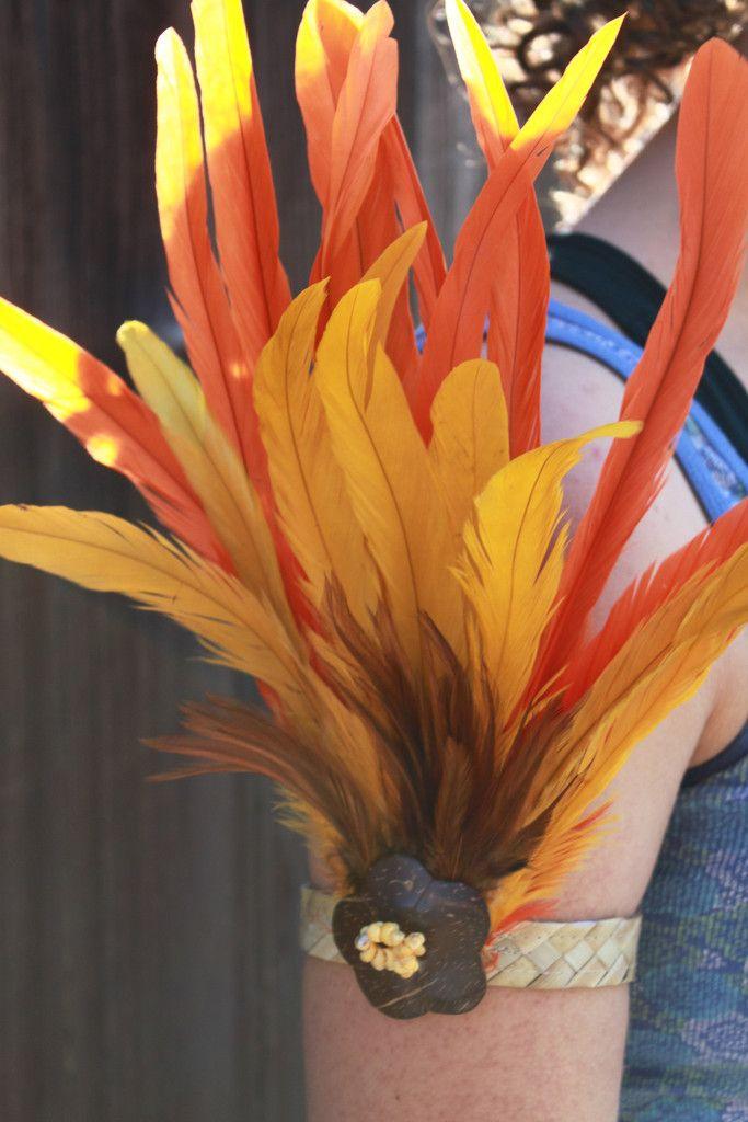 Tahitian costume, Polynesian dance armband