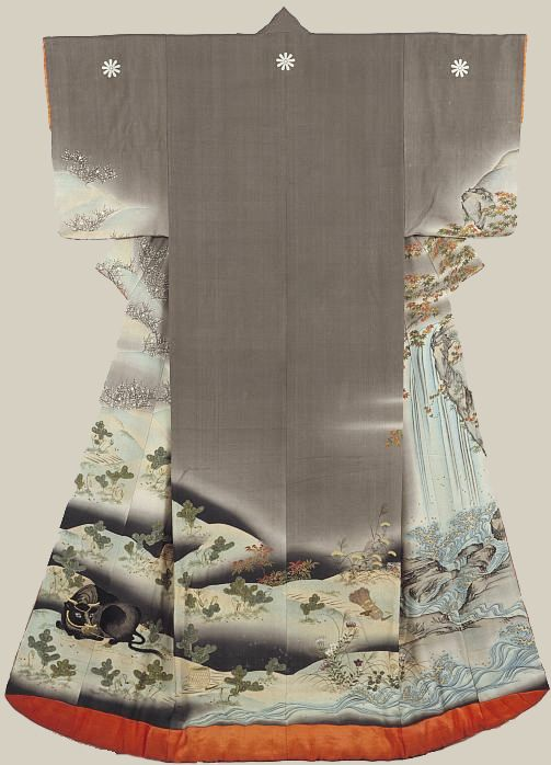 19th century silk wedding kimono (uchikake), featuring yuzen painting and embroidery highlights. Made in Osaka, Japan. Exhibited at the Immigration Museum, Victoria, Australia