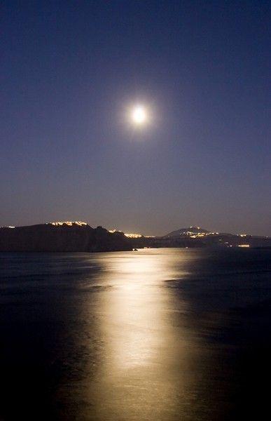Moonlight over santorini caldera in the Greek Islands - Greek Islands Workshop - Ollie Taylor Photography