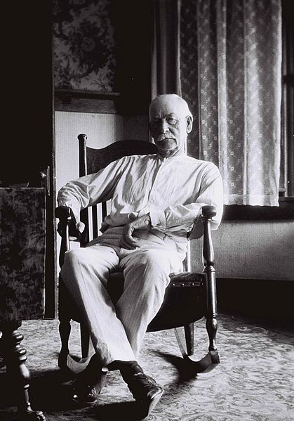 """Famous lawman, Wyatt Earp at his Los Angeles home, age 75. In 1910, the LAPD hired Earp to conduct police business """"outside the law."""" In 1911, he was arrested by the LAPD and charged with attempting to fleece a man in a fake faro game. Earp moved to Hollywood and became an unpaid film consultant for several silent cowboy movies. In the early 1920s, Earp was given the honorary title of Deputy Sheriff in San Bernardino County, California."""