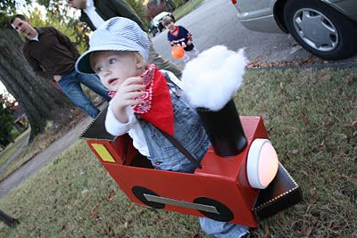 cute train costume! - I know this is for halloween, but I love the smoke and the tap-light on the front for any play train!!