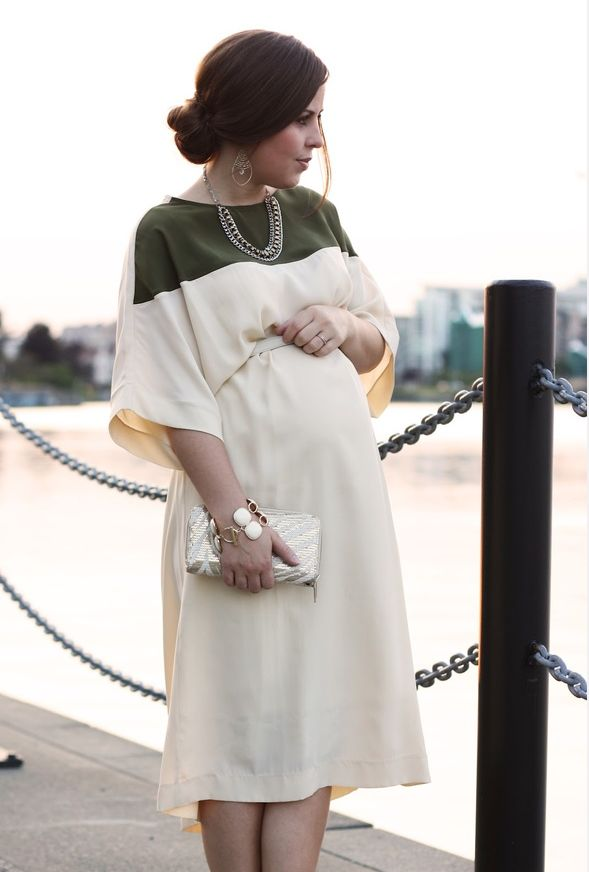 comfy and chic maternity style with great olive colorblock