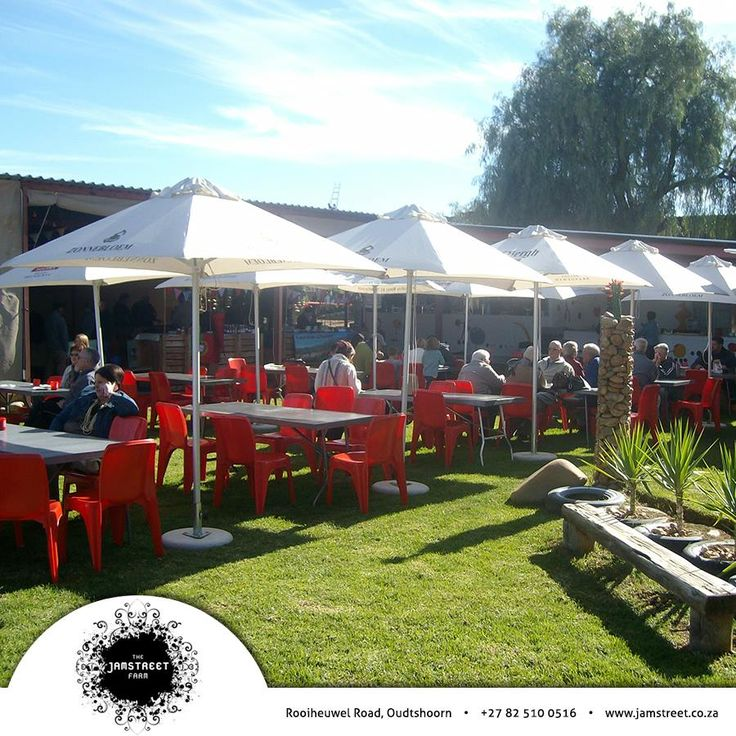 This Saturday, the 5th of July 2014, is MARKET DAY!! From 09:00 - 14:00. There will be bacon & egg breakfast pie, pancakes and beautiful fresh flowers. So come and spend your Saturday in the company of friends. #Market #homemade