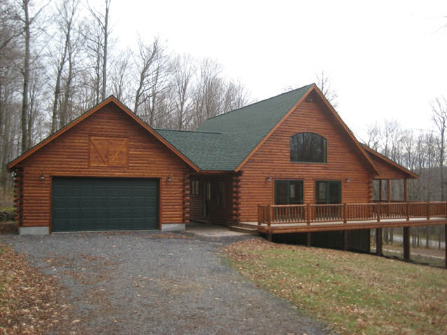 First floor master daylight basement dream houses and for Log home floor plans with garage and basement