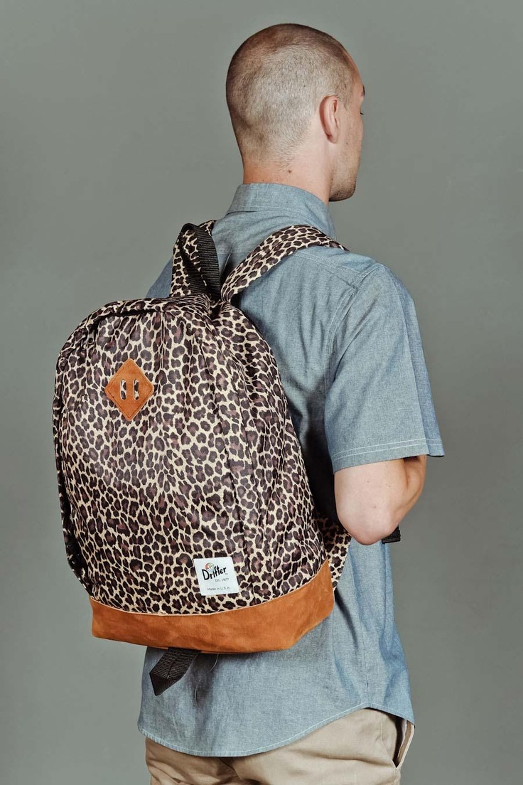 Idk why a dude would be carrying this but hey, each to their own. I want it!