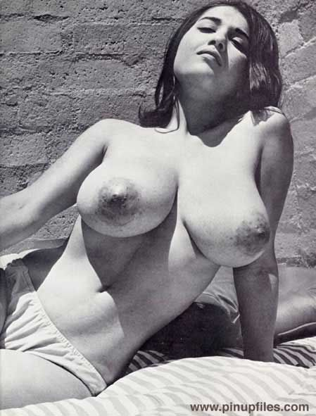 Hot retro boobs pictures pictures