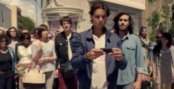 Echipa de filmare a noului spot TV PokerStars si Rafa Nadal ne poarta pe strazile Barcelonei si prin procesul de productie al acestuia.