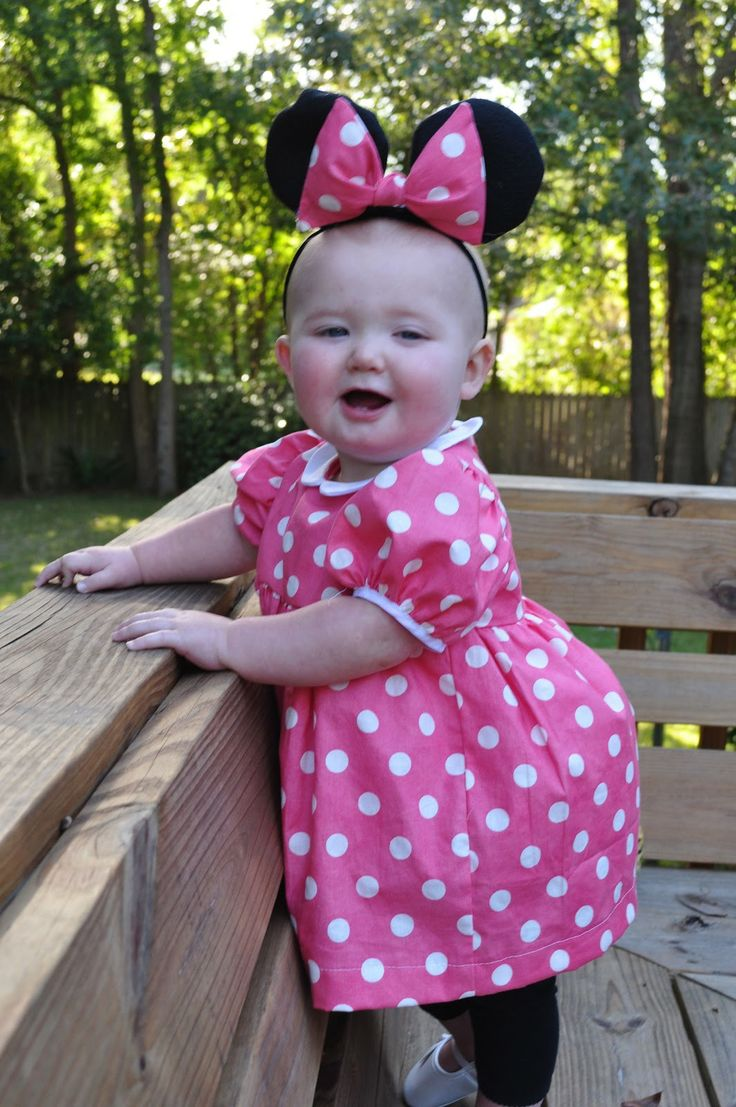 Pattern for Minnie Mouse Costume Toddler | braelyn as minnie mouse making minnie after looking through a