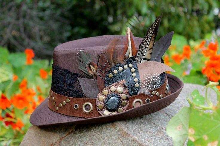 Boho chic ~ Bohemian ~ Photoshoot ~ boho hats ~ fedora hats ~ photography ~ fashion ~ boho outfits ~ gypsy ~ folk ~ festival hats ~ festival style ~ ozora festival ~ boom festival ~ universo paralello ~ tomorrowland ~ summer ~ feathers ~ feathers hat ~ pheasant feathers  www.facebook.com/ISARTDESIGNS www.isartdesign.wix.com/isartdesign