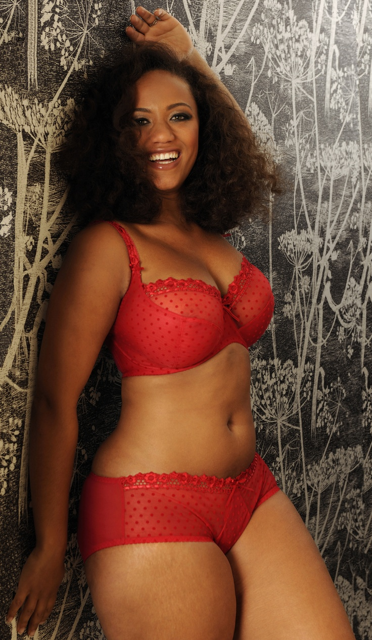 Pin On Curvy Lingerie, Clothes, And People-4104