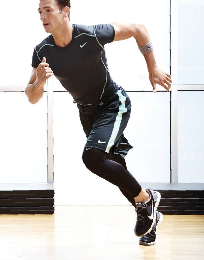 Pull a fast one, Nike Pro activewear  #unomatch #lifestyle #pics #hollywood #bollywood #pictures
