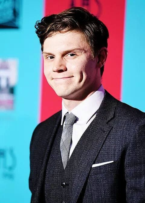 1000+ images about Evan Peters on Pinterest | Coven ...