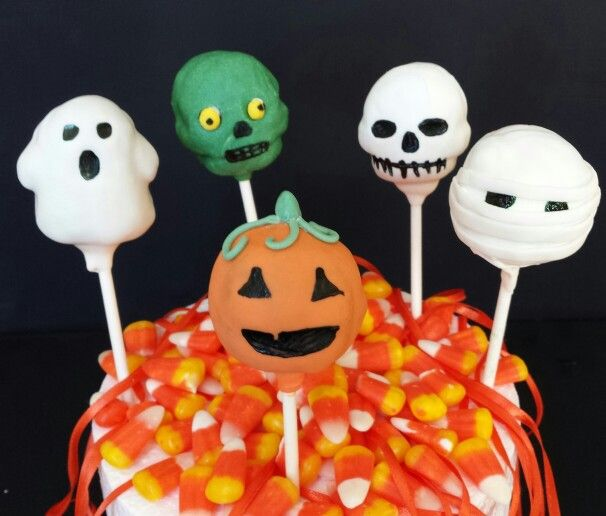 Making these cake pops was so much fun..for the first time I used Halloween themes cake pops mold which made the process much easier than usual..Halloween this year will be so much sweeter :-)