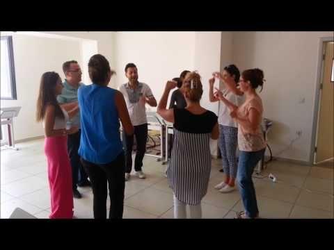 Kuçiçi Dansı Mektebim Okulları 2016 17 Orff Eğitimi Müzik Öğretmenleri - YouTube
