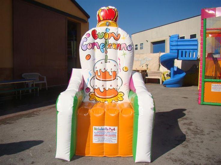 trono compleanno gonfiabile - Cerca con Google