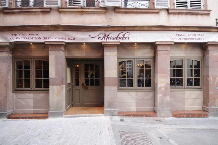 La Winstub Le Meiselocker célèbre Cupidon : tarte fin de gambas poêlées, quasi de veau cuit longuement, parfait glacé à la mandarine. Bon appétit ! Découvrez l'intégralité du menu sur www.meiselocker.fr - 38€/pers sur réservation. Le Meiselocker - 39 rue des Frères à Strasbourg - 03 88 22 30 00