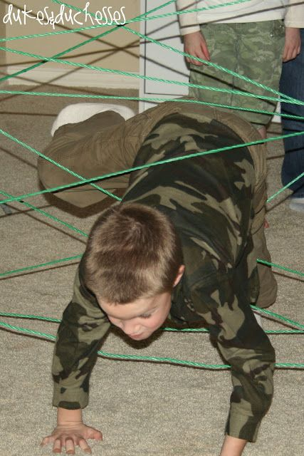 An Army Boot Camp Party / http://www.dukesandduchesses.com/2012/03/army-boot-camp-party.html