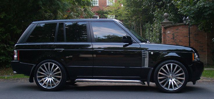 http://www.reverelondon.com/vehicles/24/Land-Rover-Range-Rover-HSEVogue-Year-200913/Exterior.html