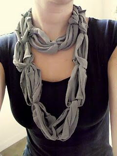 Recycled Tee Scarf. So easy its scary!: T Shirts Scarfs, Recycled Tees, Tees Shirts, Idea, T Shirts Scarves, Tees Scarfs, Old Shirts, Tshirt Scarfs, No Sewing Scarfs
