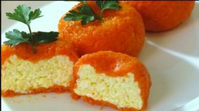 Подайте обычный салат из сыра с чесноком в виде солнечно-оранжевых мандаринок и успех вам обеспечен! Очень вкусно и оригинально! Ингредиенты: ● твердый сыр - 150 гр. ● плавленый сыр - 100 гр. ● яйца …