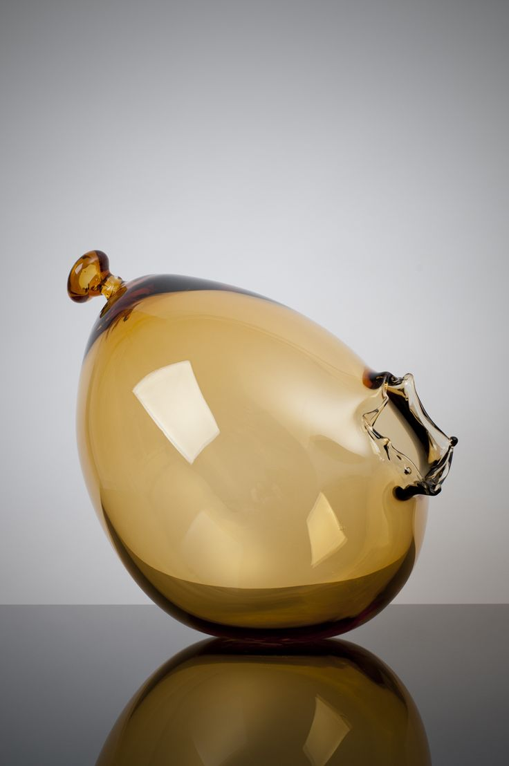 Balloon Glass Vase by Jakub Pollag