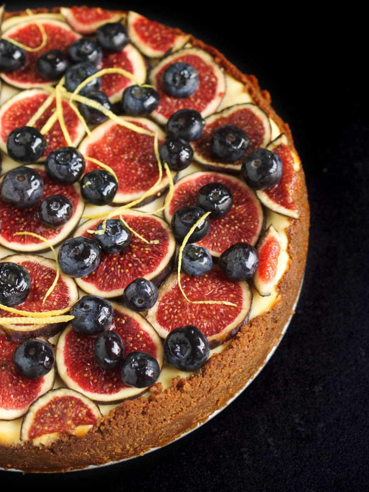 Classic New York-style cheesecake topped with seasonal fruit (figs, blueberries) | nathaliebakes.com