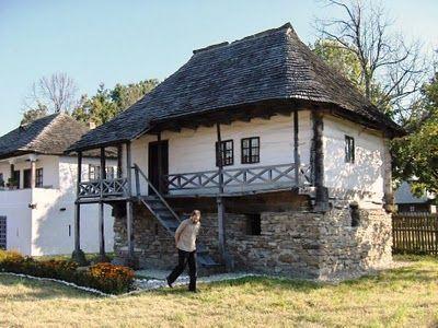 Atelierul de arhitectură Liliana Chiaburu: Case tradiţionale româneşti, case ţărăneşti - Muzeul satului de la Goleşti, Argeş (1)