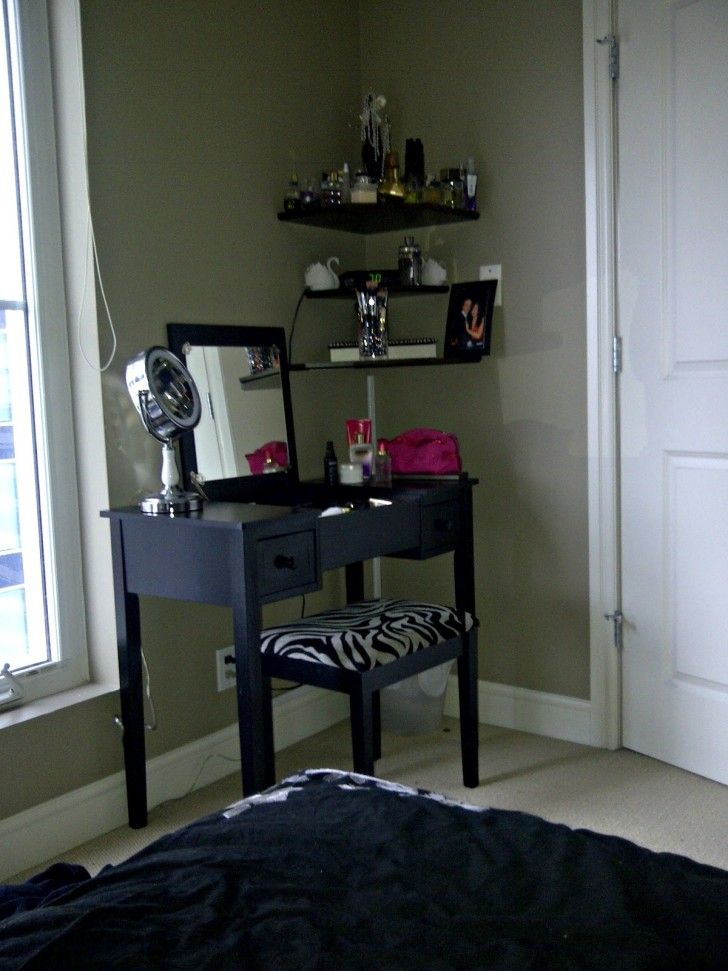 Furniture. rectangle black wooden Bedroom Makeup Vanity with square mirror and double drawers added by square black wooden bench on the floor. Astonishing Idea Of Bedroom Makeup Vanity Ideas As The Make Up Furniture