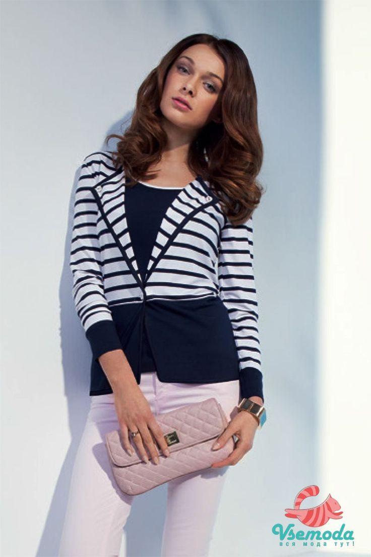 Блузка N24-5 Фирма производитель: Sunwear Страна производитель: Польша Артикул: N24-5 Размер: 44-54 Состав: 95% вискоза, 5% эластан