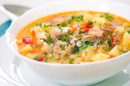 Εύκολη ψαρόσουπα με ντομάτα, καρότο και πατάτα