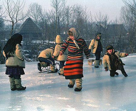 La ghetus - On the ice - Maramures (Foto: Dan Dinescu, Foto-Magazin - Revista on-line de fotografie, realizata de fotografi pentru fotografi)