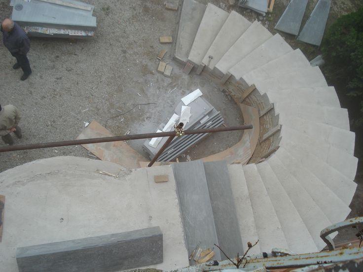 www.pulchria.it inizio presentazione gradini in pietra arenaria scala sinistra