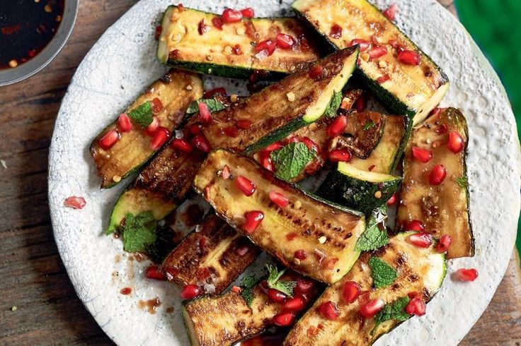 Fried zucchini with balsamic and chilli dressing