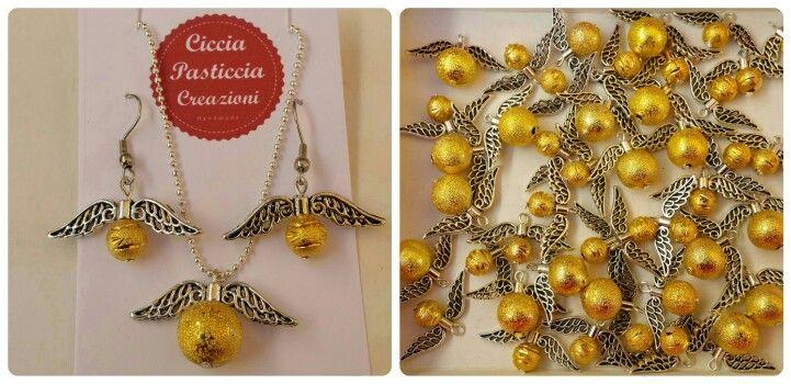 Boccini d'oro ne abbiamo??? #boccinodoro #goldens #hogwarts #boccino #harrypotter #donidellamorte #charm  #bijoux #fashion #style #moda #handmade #madeinitaly #fattoamano #artigianato #cicciapasticciacreazioni #ilovemyjob
