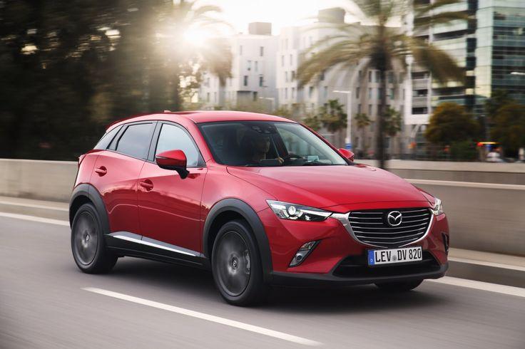 Mazda gibt mit dem Kompakt-SUV CX 3 richtig Gas. Neue Technik verbessert die Sicherheit. Neuer Mazda CX 3 2017 ist mit Mazdas Bestseller