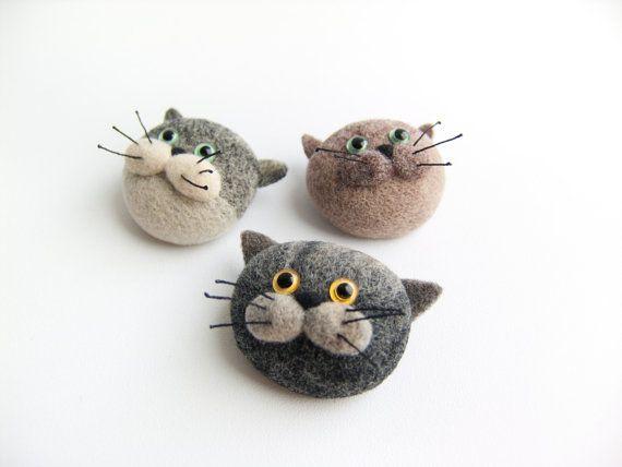 Feutrée Broche chat drôle Petit cadeau feutre aiguilleté par felttess