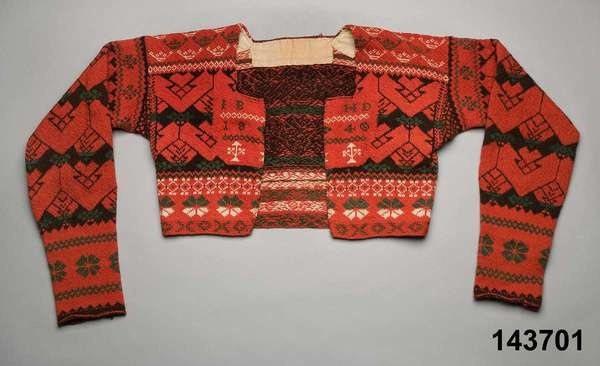 Womans knitted wool sweater, Delsbo, Hälsingland. Dated 1849. Nordiska Museet, Stockholm. http://www.digitaltmuseum.se/things/trja/S-NM/NM.0143701?query=bjur%C3%A5ker_context=1=2=175=42
