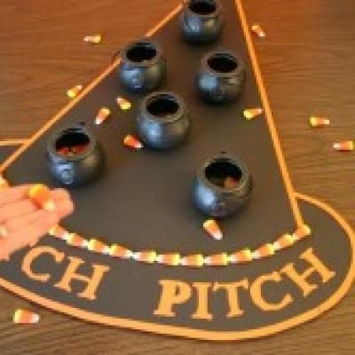 Witch Pitch {Games for Halloween}. Great Halloween party game.